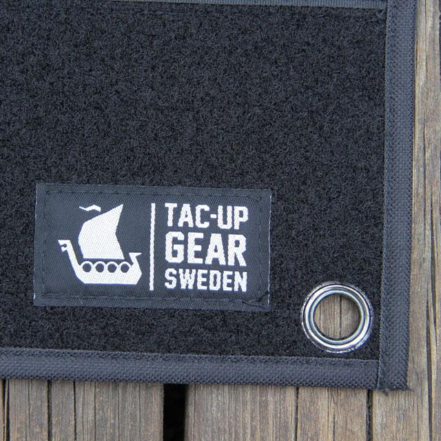 Tac-Up Gear logo on the Kardborre Wall Mat Display Black.