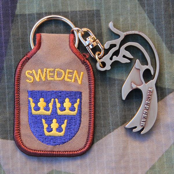 Keyring SWE Desert with the fox bottle opener.