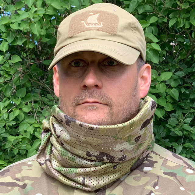 Front view of a Mesh Scarf Multicam