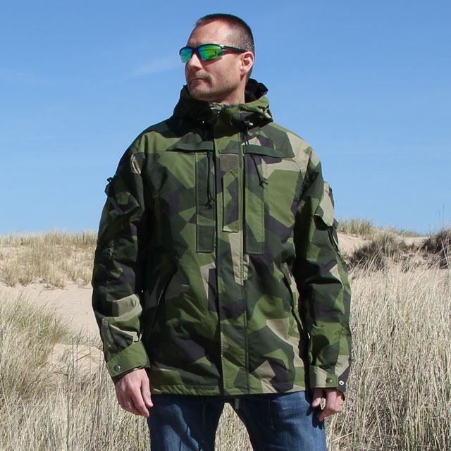 Prototype picture of the NCWR Jacket M90 Gen 2, front view