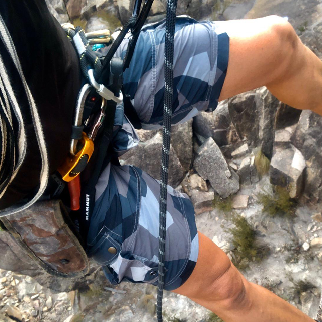 NEPTUNE Shorts M90 Grey worn during rapelling