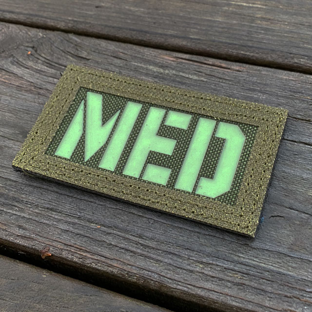 IR - MED Black-Green Reversible Glow Hook Patch from the side