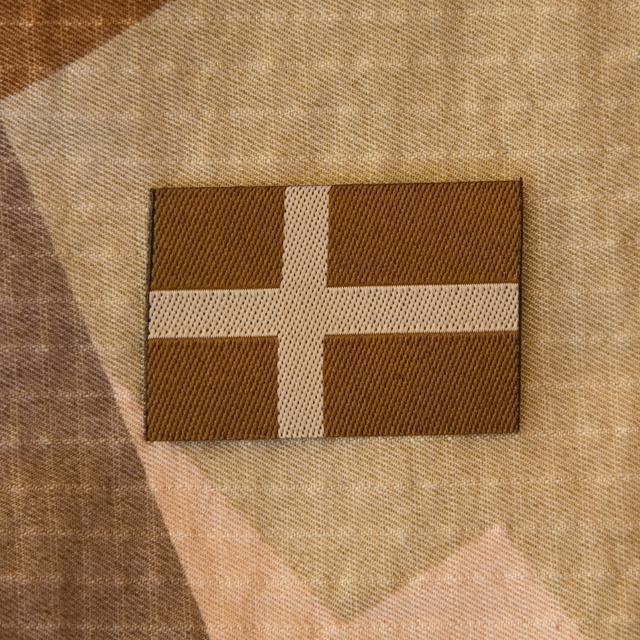 A Sweden Flag Subdued Desert on a M90K Desert background.