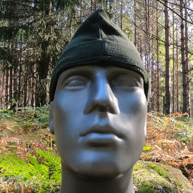 Recce Flece Cap seen in the Swedish forest on Manequin_3