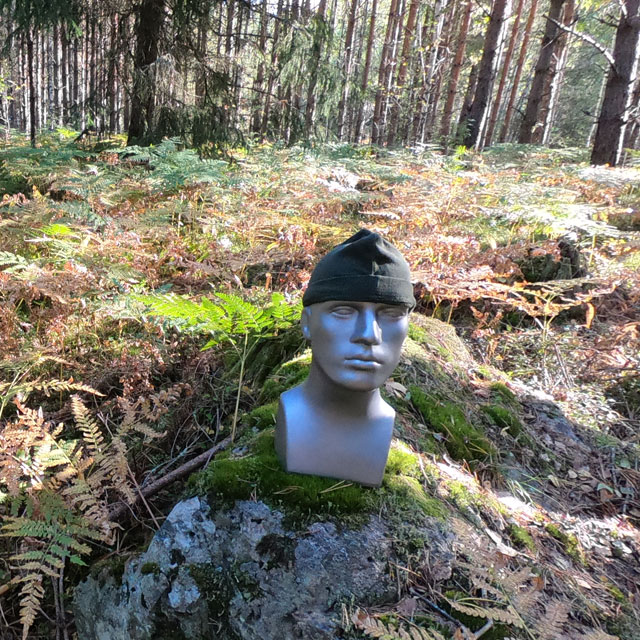 Recce Flece Cap seen in the Swedish forest on Manequin_4
