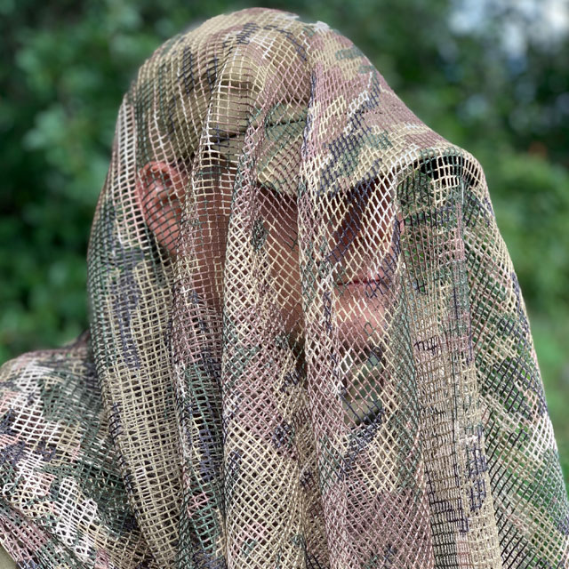 Excellent camouflage with a Scrim Net Scarf Multicam
