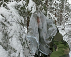 Scrim Net Scarf White Moss
