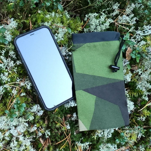A Smartphone Bag M90 on the Swedish forest floor!