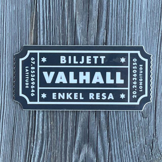 Sticker Biljett Valhall Svart/Vit sedd rakt framifrån