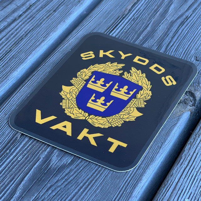 Sticker Skyddsvakt seen from an angle