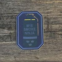 Sticker Smoke Ninja tre kronor