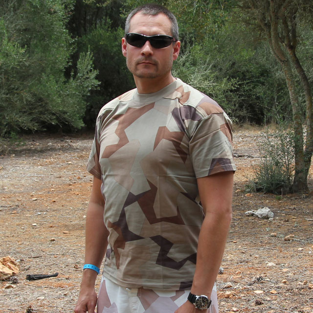 Hot weather photoshoot of a T-Shirt M90K Desert.