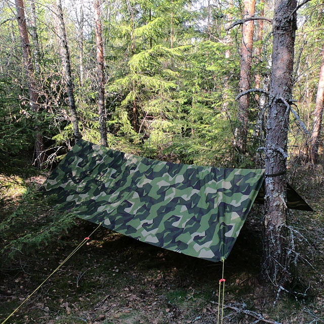 Making camp with a Tarp M90 Light