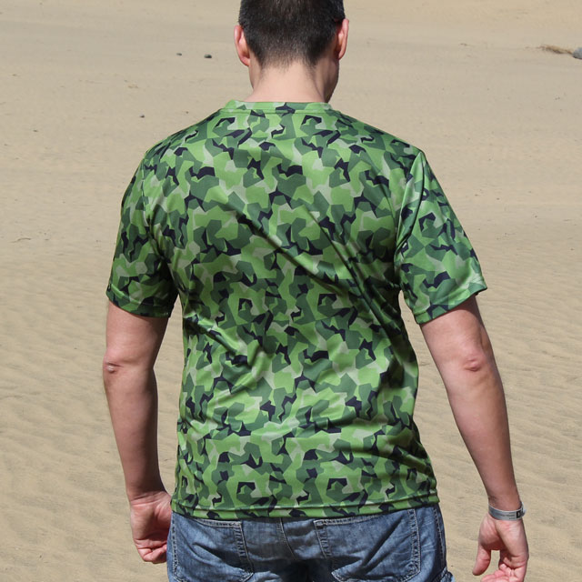 M90 mini camouflage shown on the back of a Training T-Shirt M90 MI.