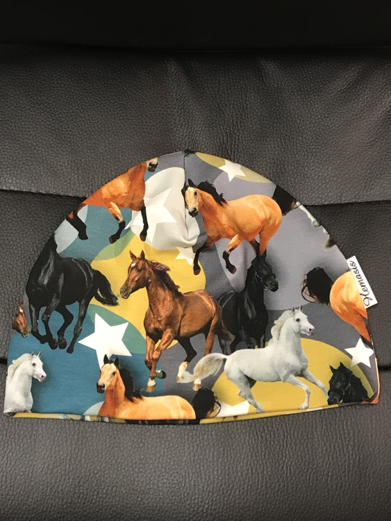 Mössa Barn 1-5 år - Hästar