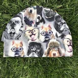 Mössa Barn 1-5 år - Hundar m glasögon