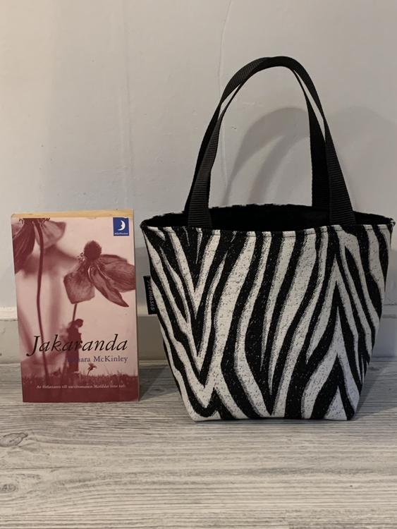 Kasse liten Zebra