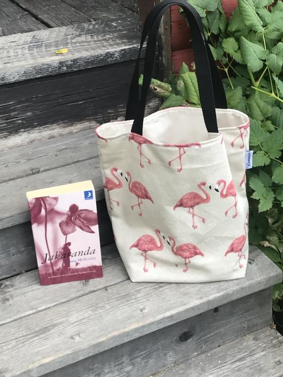 Kasse medium beige med flamingos