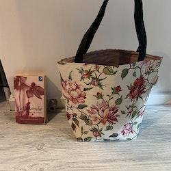 Kasse medium med blommor