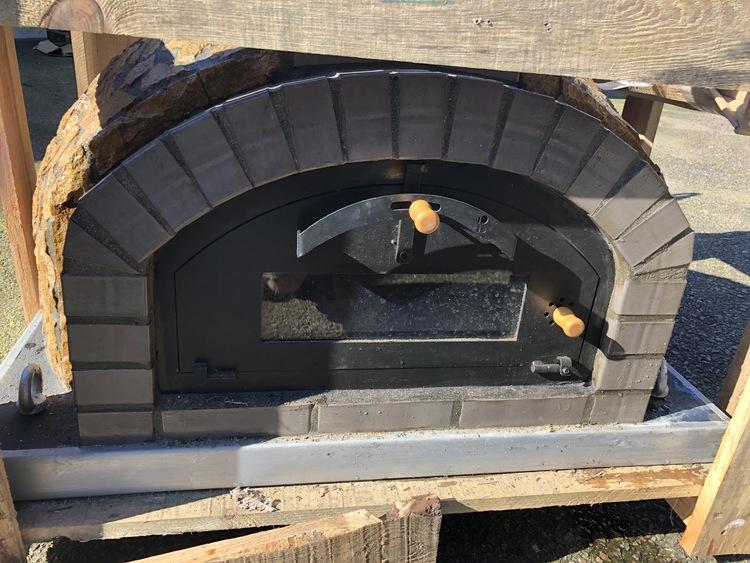 Pizzaugn 110 cm natursten.110 x 110 cm.