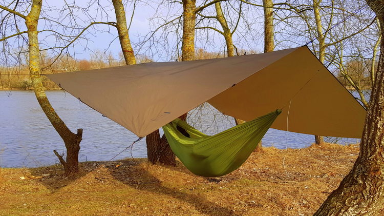 BUSHMEN TARP 3X3 ULTRALIGHT