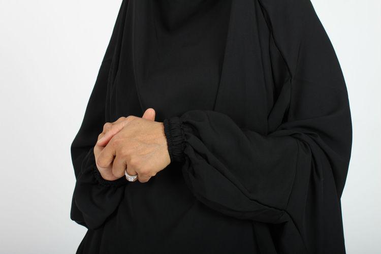 Anisa Khimar