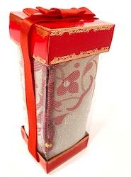 Gift Set Bönematta + Radband Röd