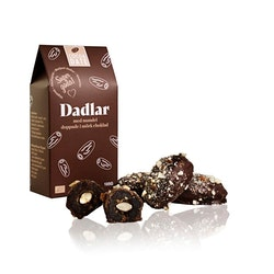 Mörk choklad och mandel dadlar