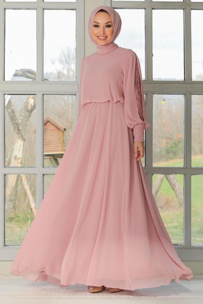 Adila klänning