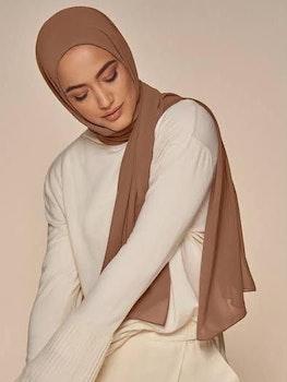 Chiffong sjal med Integrerad Underslöja