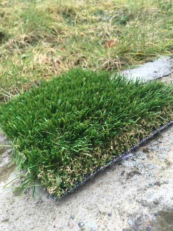 Konstgräs av hög kvalité 100 m2