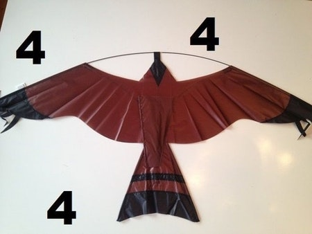 4 m Fågelskrämma med 2 drakar . Fraktfritt.