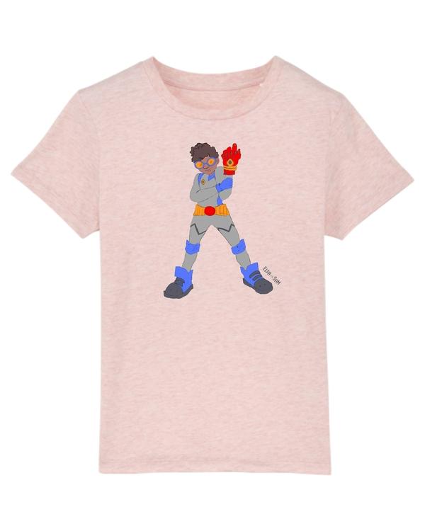 Rosa T-shirt ekologisk bomull för barn, med en superhjälte på med mörk hy.