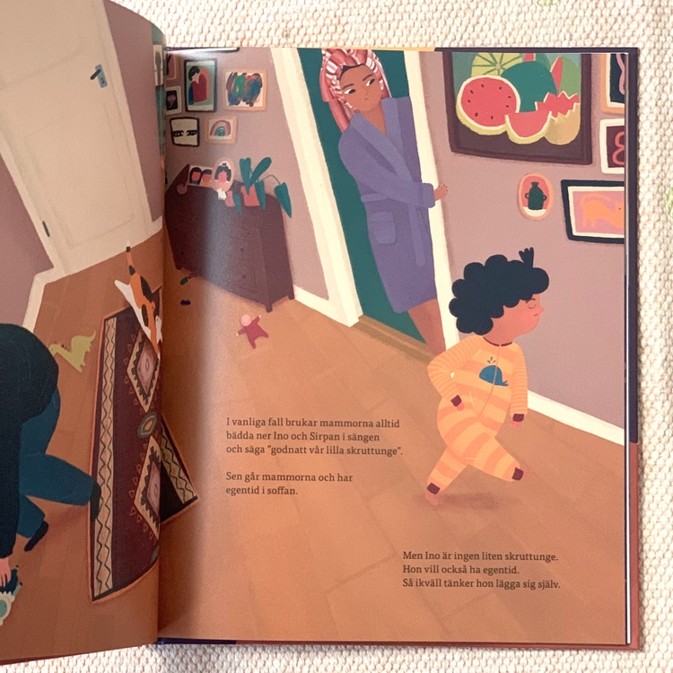 Bilderboken Ligg still! från 3 år, inkluderande rolig igenkännande barnbok.