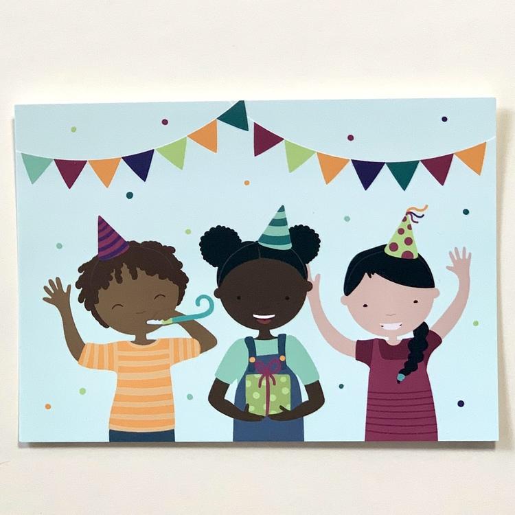 Vykort till kalas, ett grattiskort med barn med olika hudfärger.