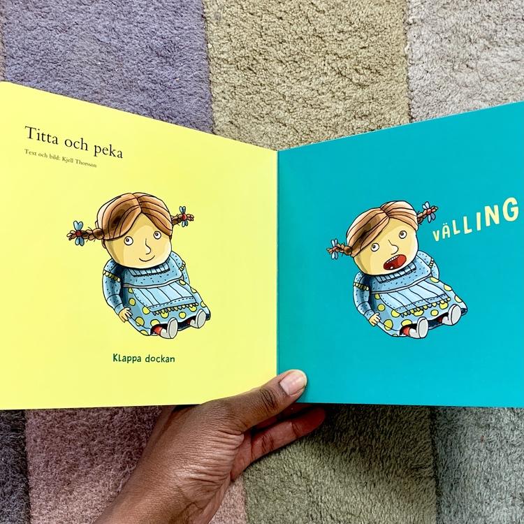 Minikammarboken - lek, en inkluderande barnbok för de minsta barnen med sånger och ramsor.