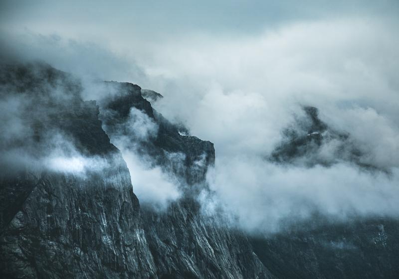 Dimma, moln och rök