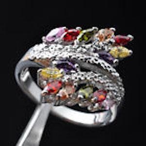 Ring med vackra kristaller 17.5 mm