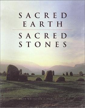 """Molyneaux, Brian Leigh, Piers Vitebsky, """"Sacred Earth, Sacred Stones"""" ENDAST 1 EX!"""