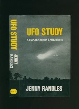 "Randles, Jenny ""UFO study"" INBUNDEN SLUTSÅLD"