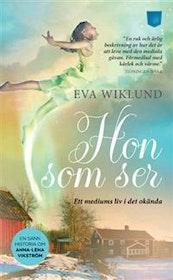 """Wiklund, Eva """"Hon som ser"""" POCKET"""