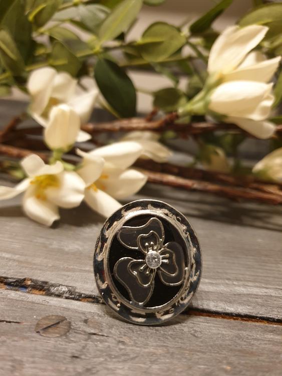Ring silverbloom
