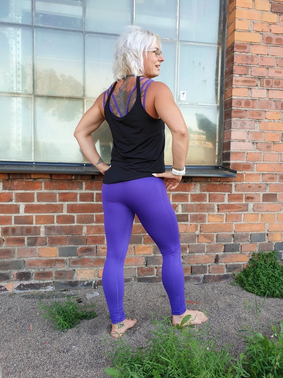 Tiana Yoga/gym-set Lila