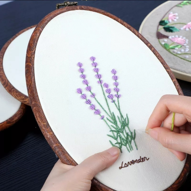 Övriga Broderier Lavendel 18x26