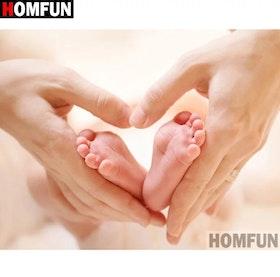 Diamanttavla (R) Baby Feet 40x50