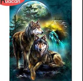 Diamanttavla Wolves In Moonlight Forest 40x50