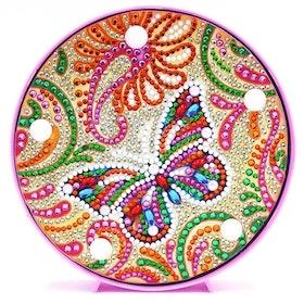 SNART I BUTIK  - Diamanttavla Ledlampa Colorful Butterfly 15x15