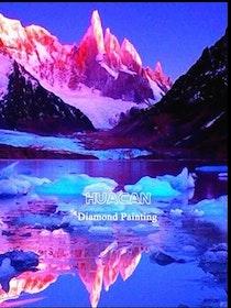 SNART I BUTIK  - Diamanttavla Pink Mountains 30x40