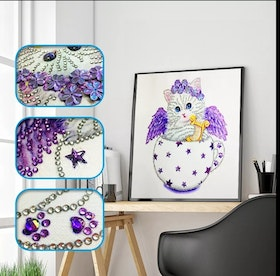 Diamanttavla Special Cat Purple 25x25