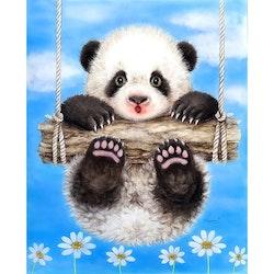 SNART I BUTIK  - Diamanttavla Panda På Gunga 30x40